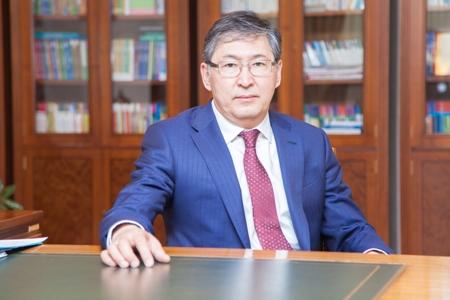 ҚР білім және ғылым министрі жазғы каникул, үштілділік және қазақ тілінің болашағы туралы
