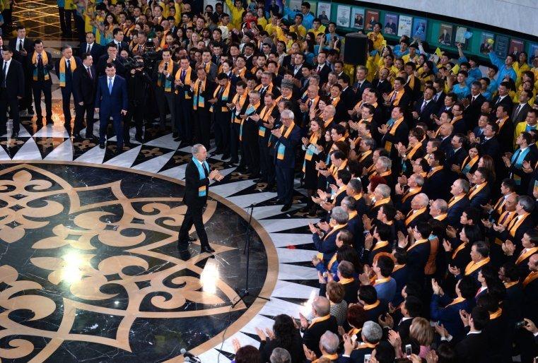 Қазақстан Республикасының Президентін сайлаудың қорытындысы бойынша экзит-пуллдарының нәтижесін жария ету шарасы кезінде. Астана, Тұңғыш Президент Кітапханасы, 2015 жылдың 27 сәуірі.