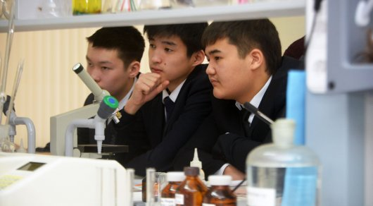 Жамбыл облысында мектеп оқушылары жаңа технологияларды меңгереді
