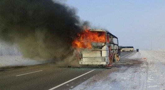 52 адам тірідей жанып кеткен автобус: Сот Ақтөбеде өтетін болды