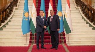 اسقار مامين تاجىكستان پرەزيدەنتىمەن قانداي كەلىسىمگە كەلدى؟ - © primeminister.kz