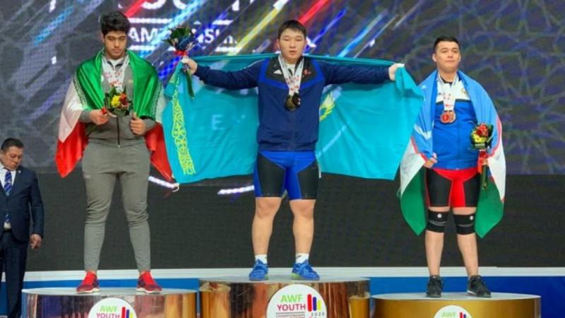 Рекорд орнатқан қазақстандық ауыратлет Азия чемпионатының үздік спортшысы атанды