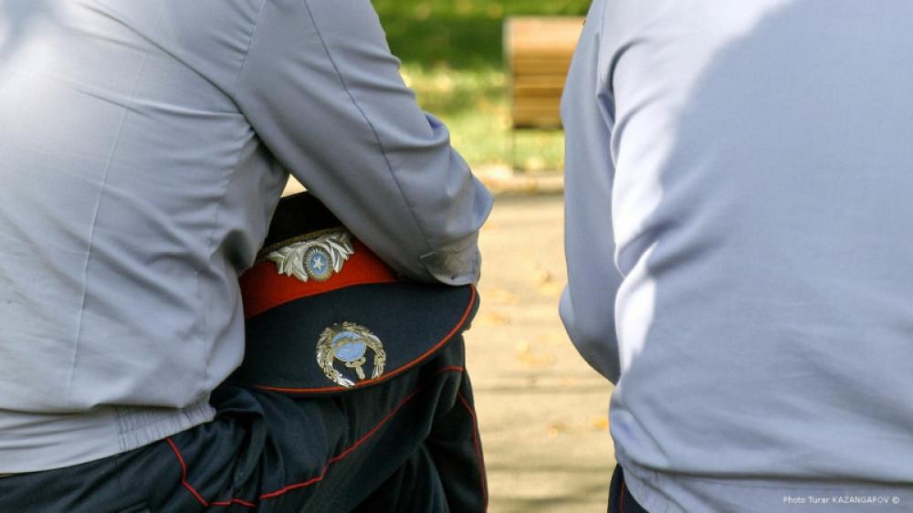 Өлім алдындағы хатта полицей есімі жазылған: Қарағандыда қызметтік тергеу жүріп жатыр